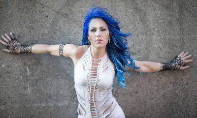 Alissa White-Gluz vocalista