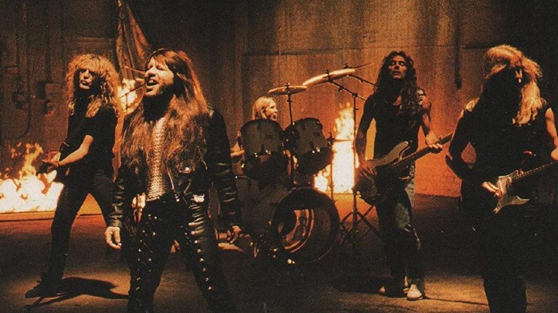Wasting Love Iron Maiden plagio