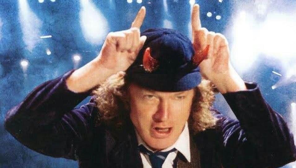 Angus Young acdc tecladista