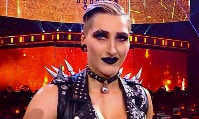 Rhea Ripley WWE metal lucha libre