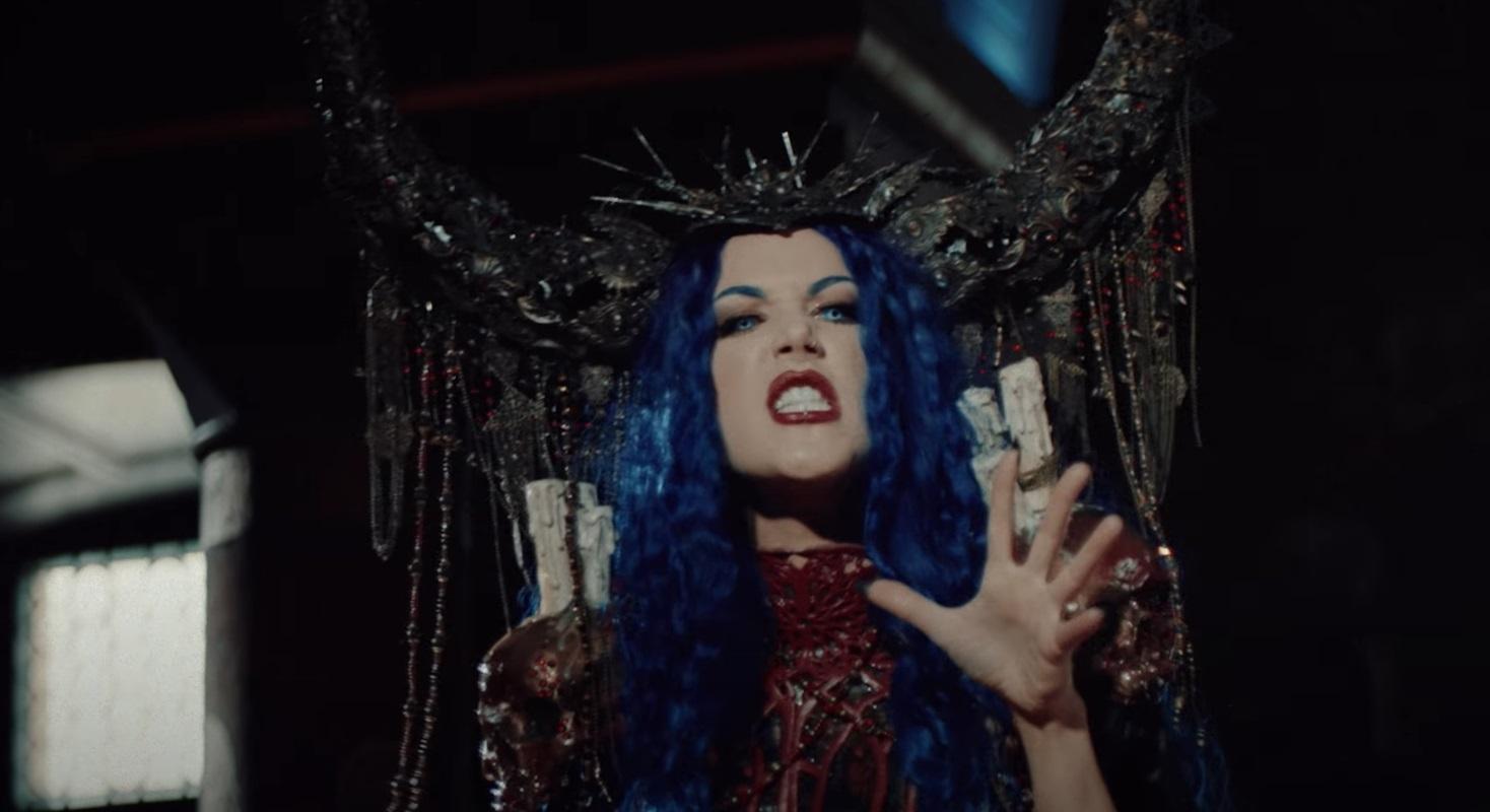 alissa white-gluz roles género videoclip powerwolf
